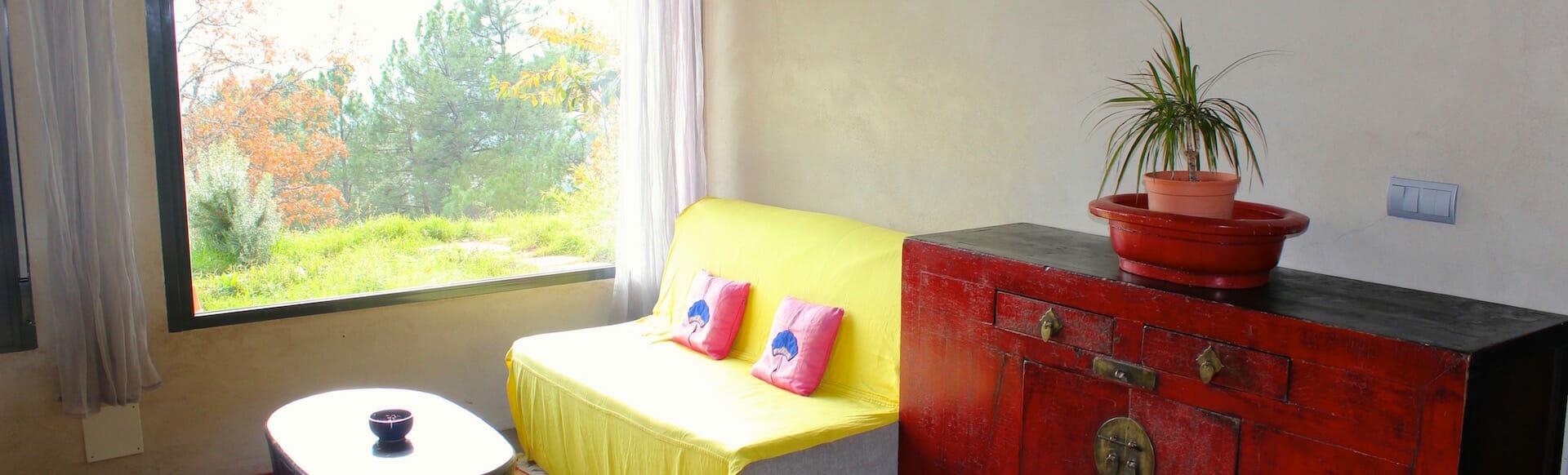 Habitación grande - sofa