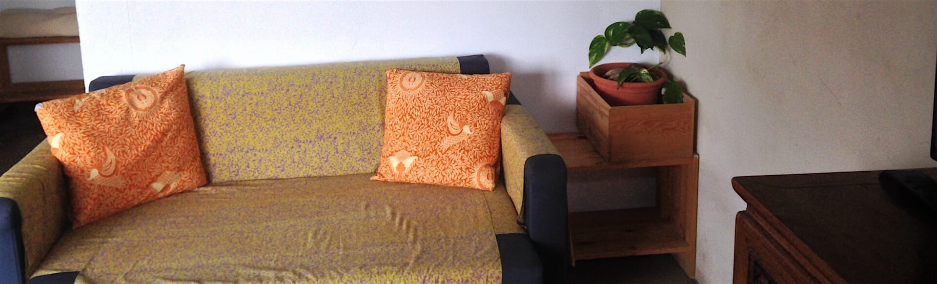 Habitación normal sofa